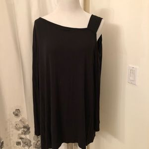 Tops - Long sleeve cold shoulder top